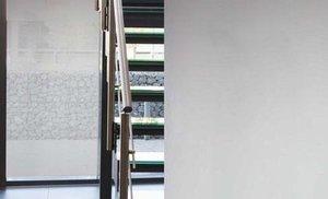 Zonwerend raamfolie statisch lichtgrijs (90cm)